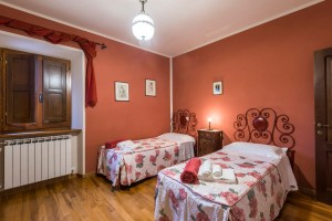 camera la rosa